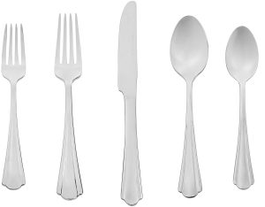 AmazonBasics 20-piece stainless steel flatware set