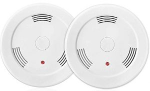 2 pack 9V battery-operated smoke detector by Lecoolife