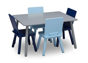 kids table and 4 chair set |