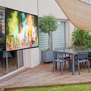 best pull down projector screen